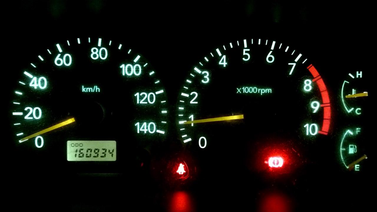 A Suzuki Jimny JB23 hits 100,000 miles (160,934km)
