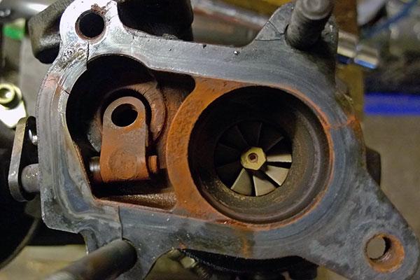 Broken wastegate on an IHI RHF3 VZ35