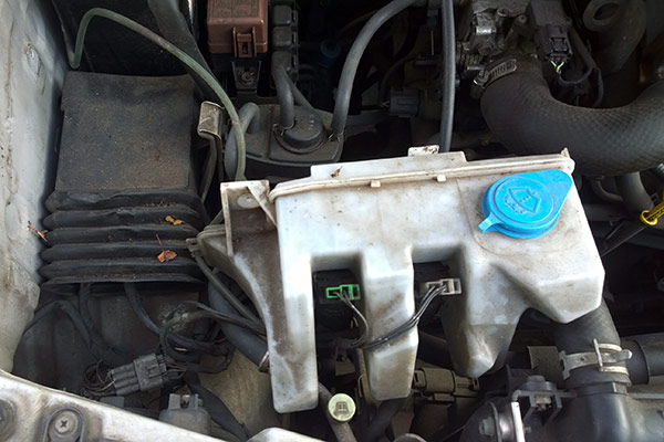 Suzuki Jimny JB23 ECU location